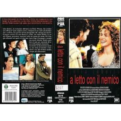 VHS A LETTO CON IL NEMICO