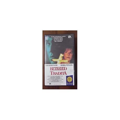 VHS BETRAYED TRADITA